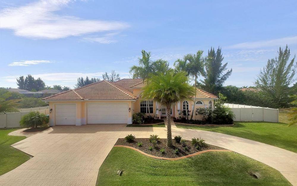 3230 SW 3rd Ln, Cape Coral - House For Sale 527461830