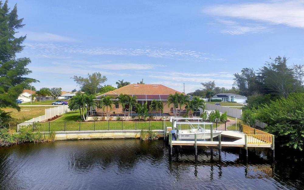 3230 SW 3rd Ln, Cape Coral - House For Sale 81080104
