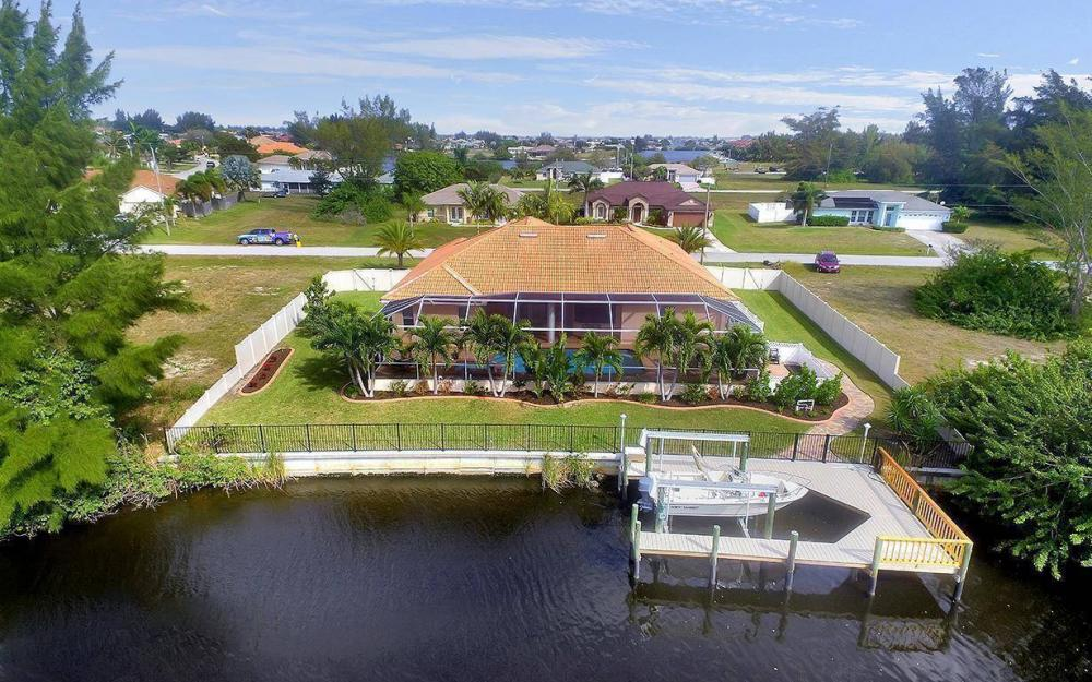 3230 SW 3rd Ln, Cape Coral - House For Sale 1364992423