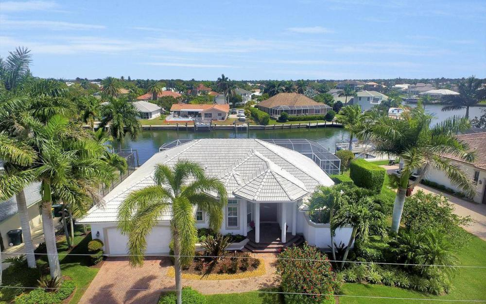 363 Nassau Ct, Marco Island - House For Sale 172483941