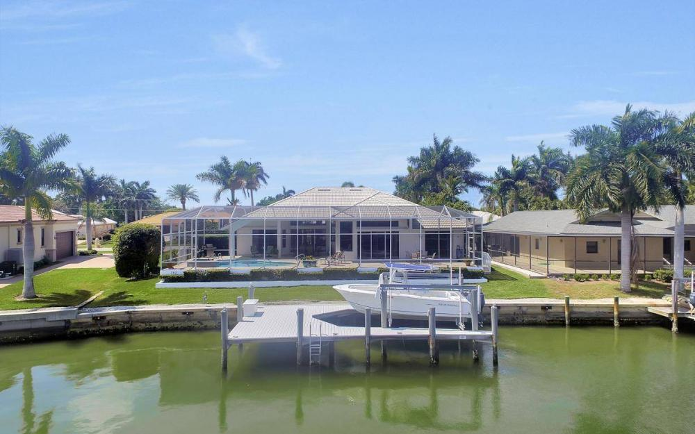 363 Nassau Ct, Marco Island - House For Sale 2016582683