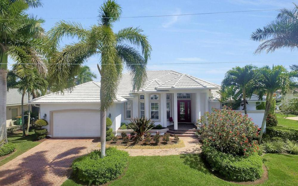 363 Nassau Ct, Marco Island - House For Sale 1339715797
