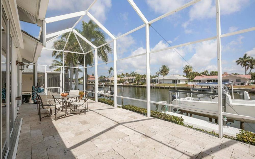 363 Nassau Ct, Marco Island - House For Sale 1565082329