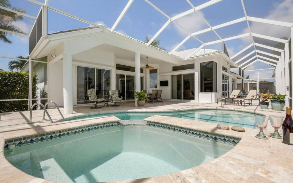 363 Nassau Ct, Marco Island - House For Sale 2118103881