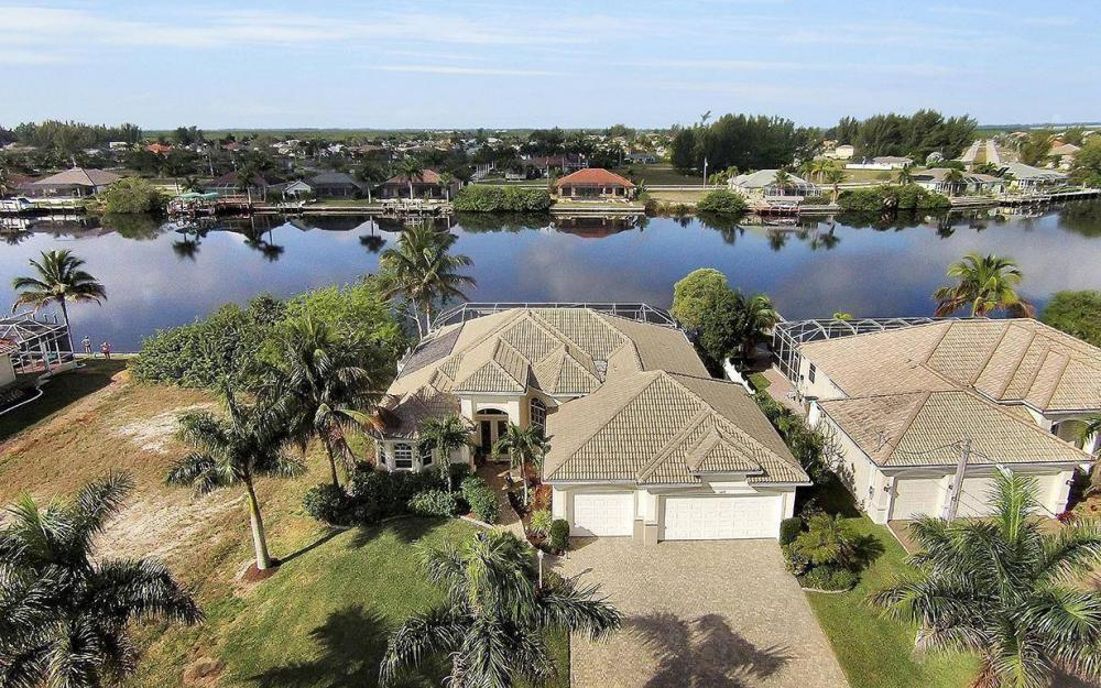 324 SW 33rd Ave, Cape Coral - House For Sale 1132910977