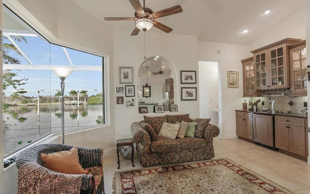 324 SW 33rd Ave, Cape Coral - House For Sale 437905101