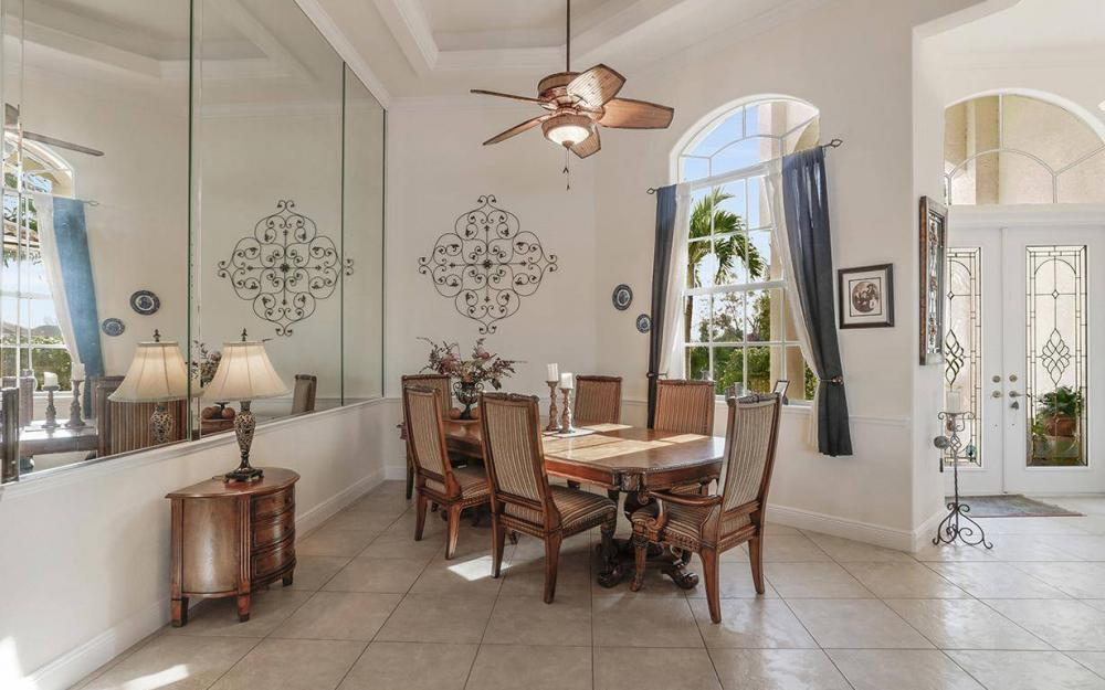 324 SW 33rd Ave, Cape Coral - House For Sale 711059376