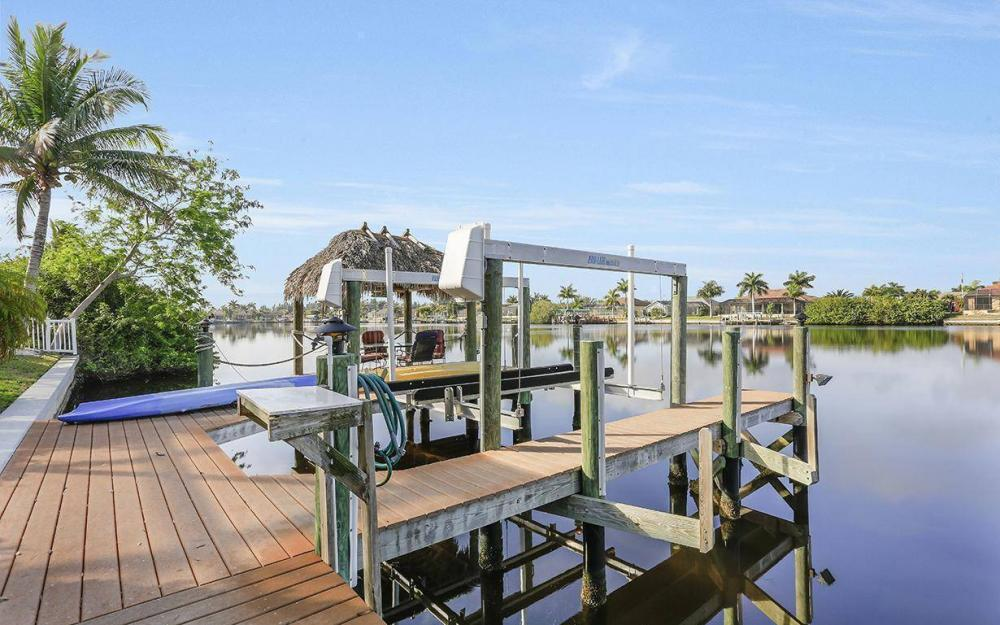 324 SW 33rd Ave, Cape Coral - House For Sale 479774607