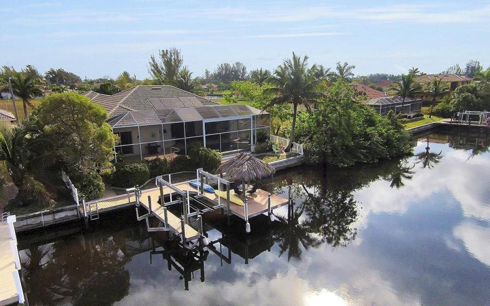 324 SW 33rd Ave, Cape Coral - House For Sale 1058896863