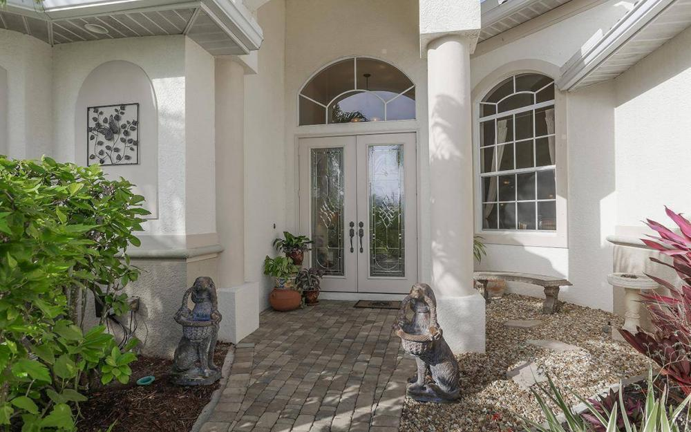 324 SW 33rd Ave, Cape Coral - House For Sale 573455028