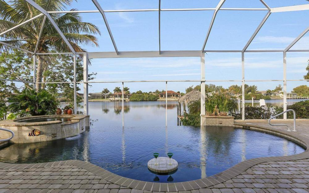 324 SW 33rd Ave, Cape Coral - House For Sale 781262484