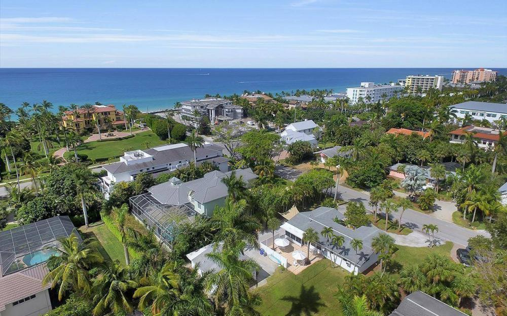 160 7th Ave N, Naples - House For Sale 684325893
