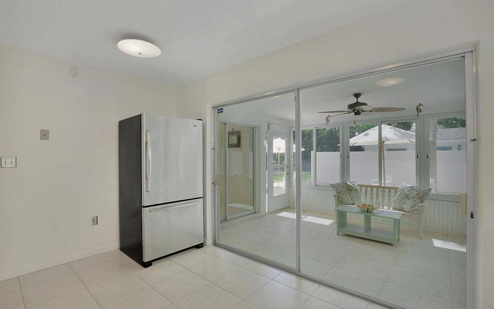 160 7th Ave N, Naples - House For Sale 370611734