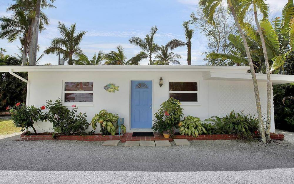 160 7th Ave N, Naples - House For Sale 1706356652