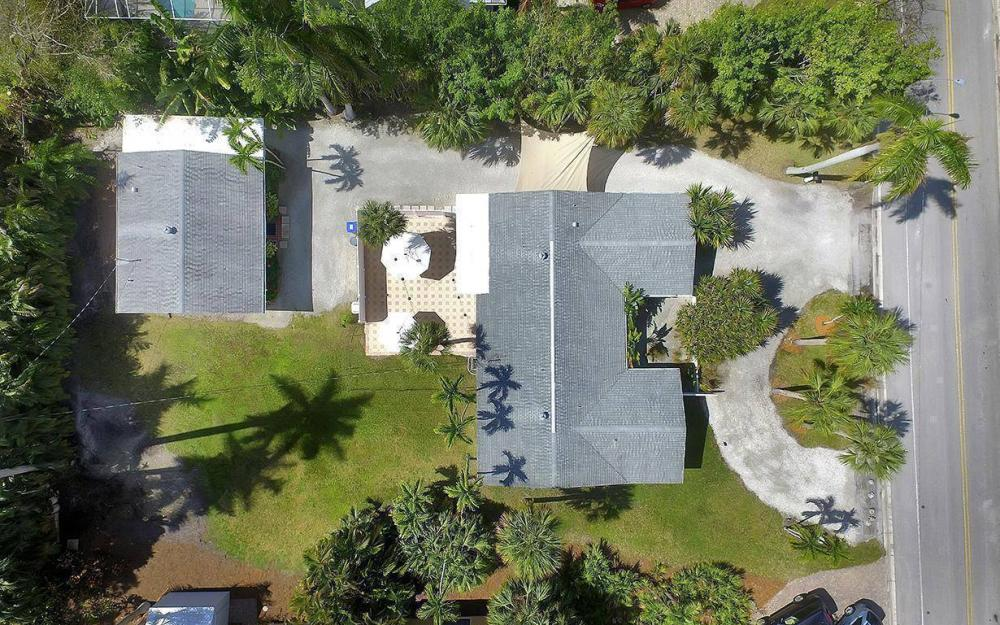 160 7th Ave N, Naples - House For Sale 2141782677