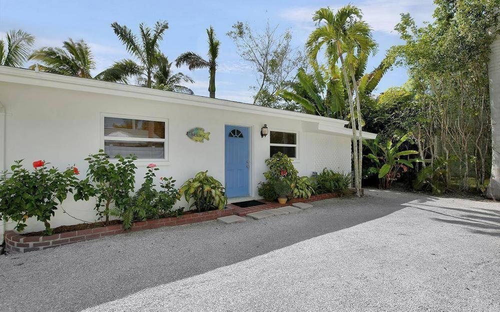 160 7th Ave N, Naples - House For Sale 801123614