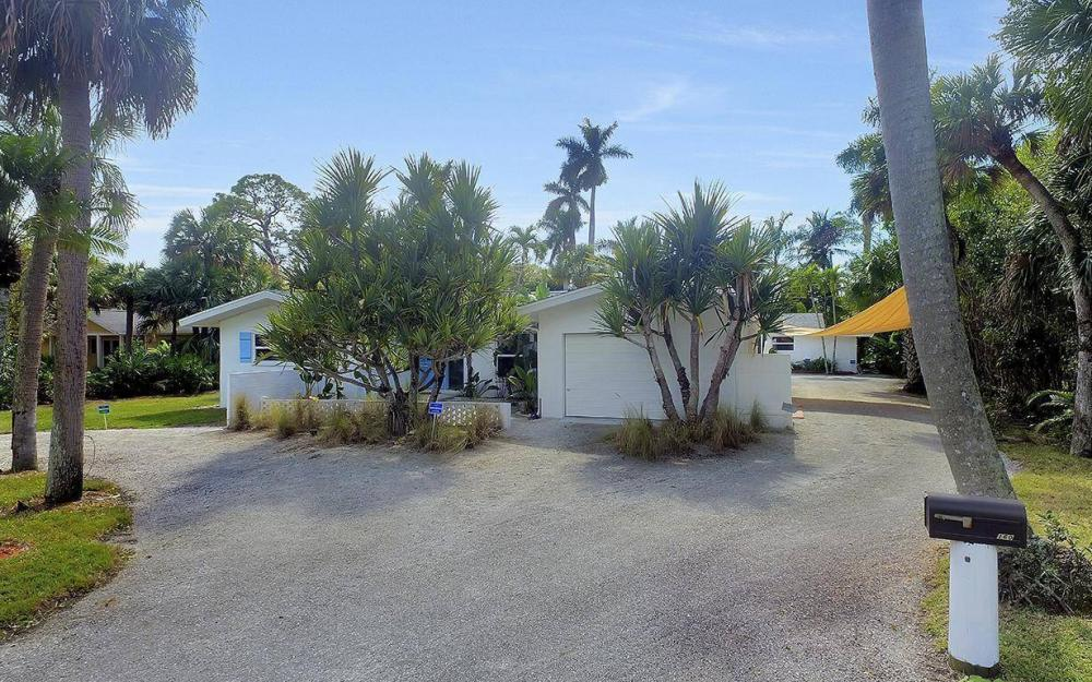 160 7th Ave N, Naples - House For Sale 671449391