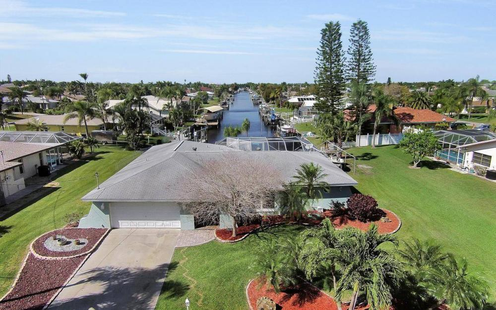 1907 Palaco Grande Pkwy, Cape Coral - House For Sale 1839418804