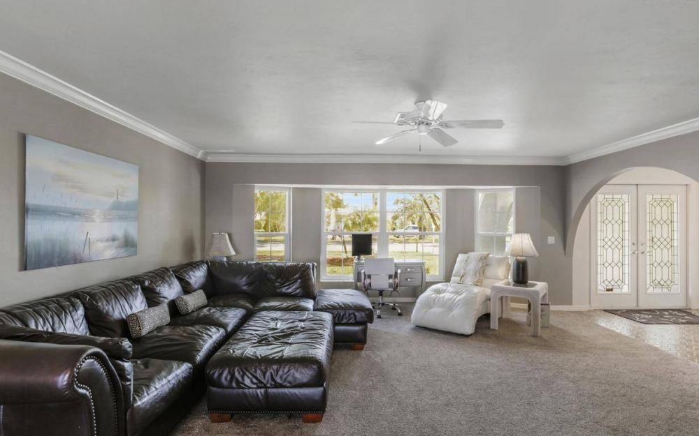 1907 Palaco Grande Pkwy, Cape Coral - House For Sale 1708950316