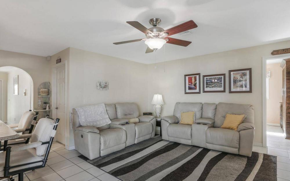 1907 Palaco Grande Pkwy, Cape Coral - House For Sale 1833565104