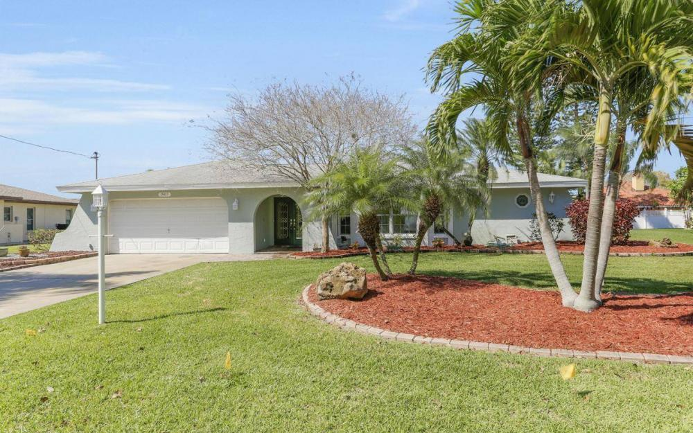 1907 Palaco Grande Pkwy, Cape Coral - House For Sale 452485756