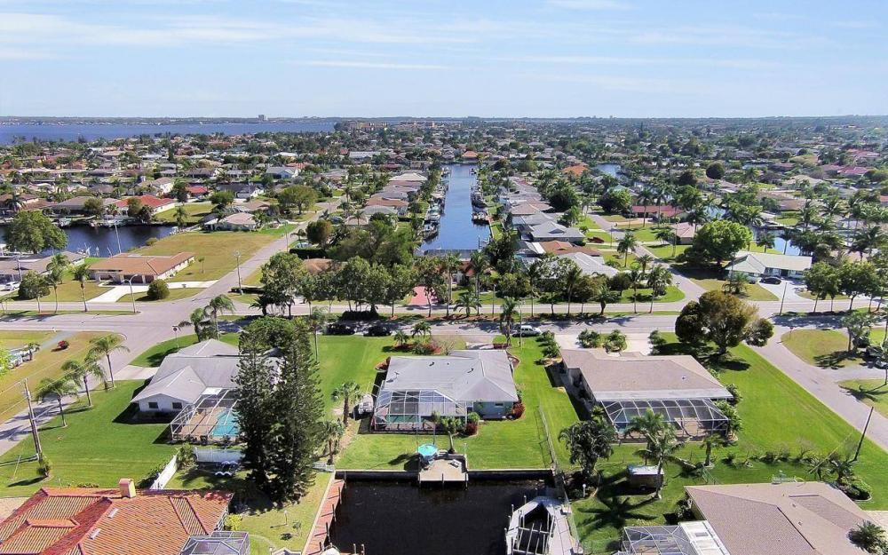 1907 Palaco Grande Pkwy, Cape Coral - House For Sale 681179610