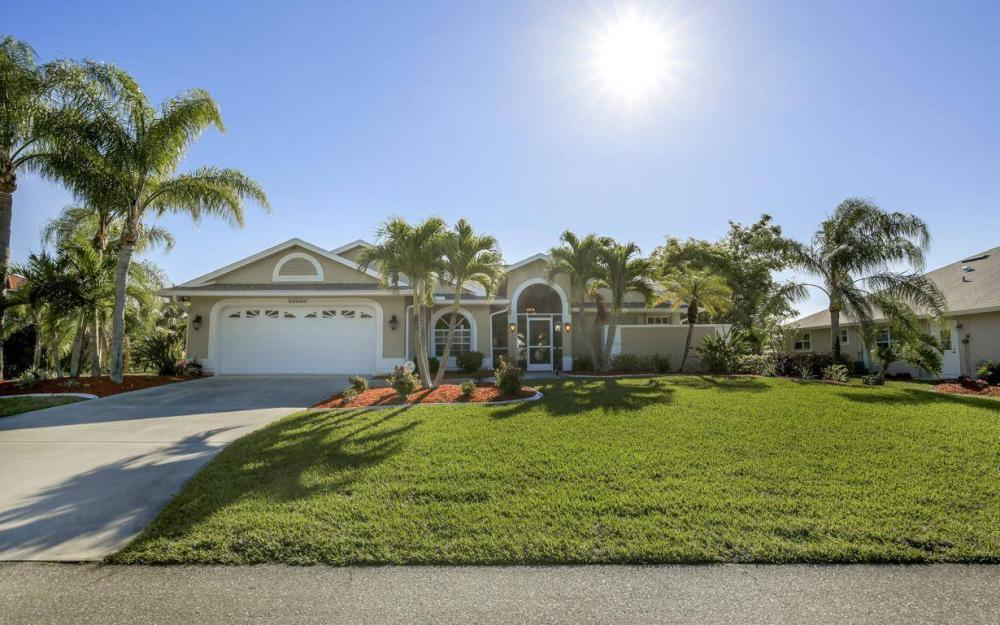 11962 Royal Tee Cir, Cape Coral - House For Sale 64889992