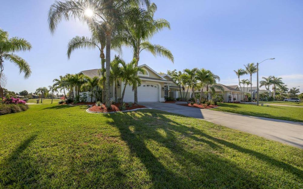11962 Royal Tee Cir, Cape Coral - House For Sale 198755440