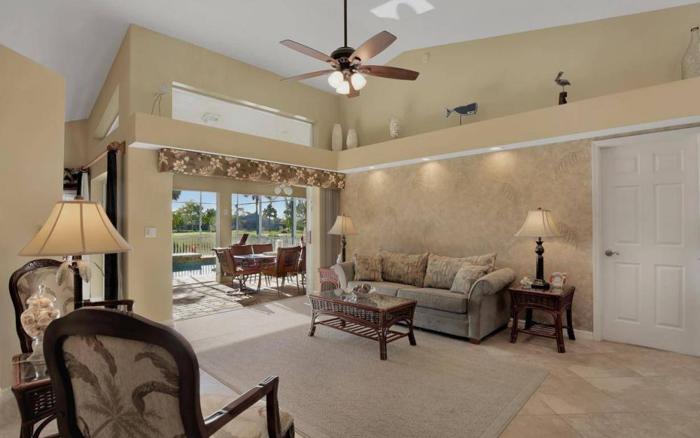 11962 Royal Tee Cir, Cape Coral - House For Sale 1169425172