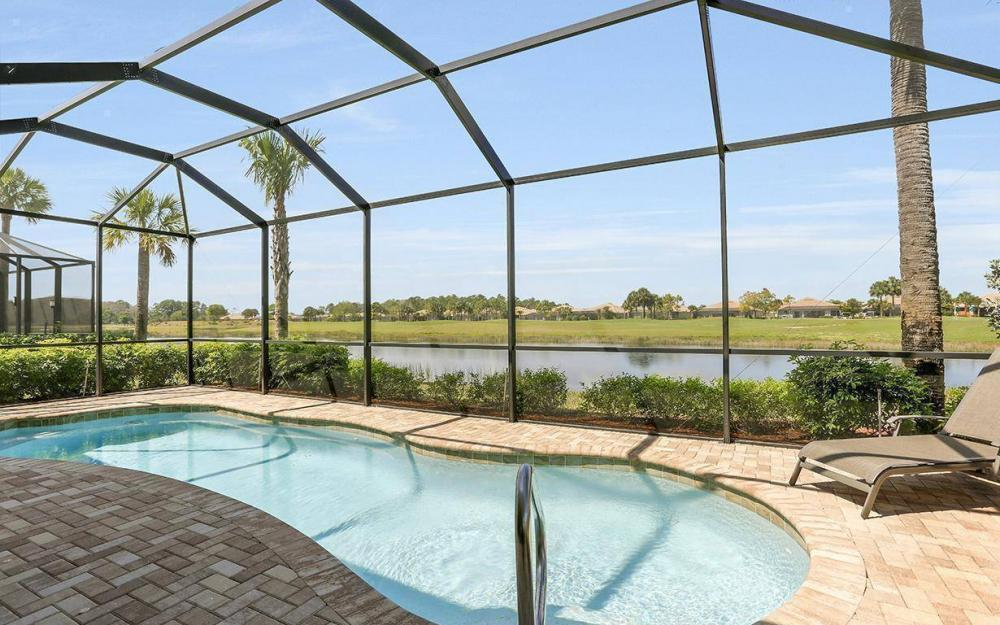 10508 Carena Cir, Fort Myers - House For Sale 230128919