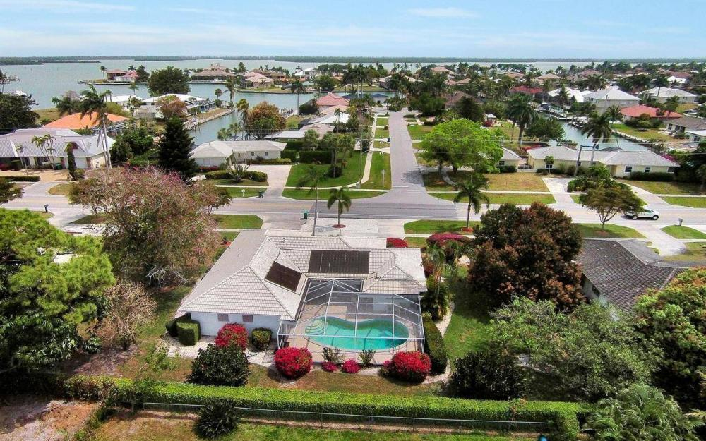 650 N Barfield Dr, Marco Island - House For Sale 108515121