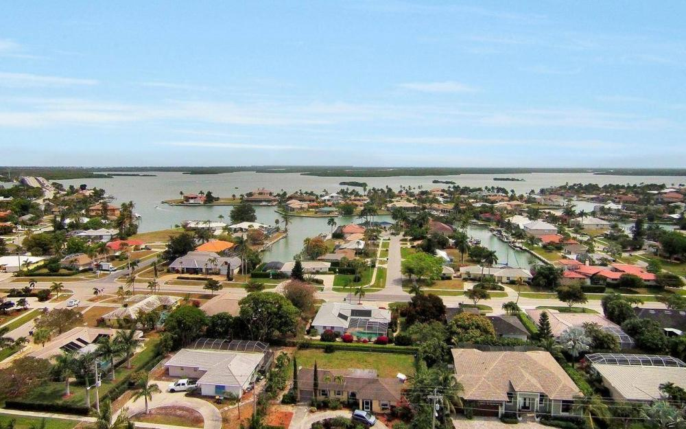 650 N Barfield Dr, Marco Island - House For Sale 2093226689