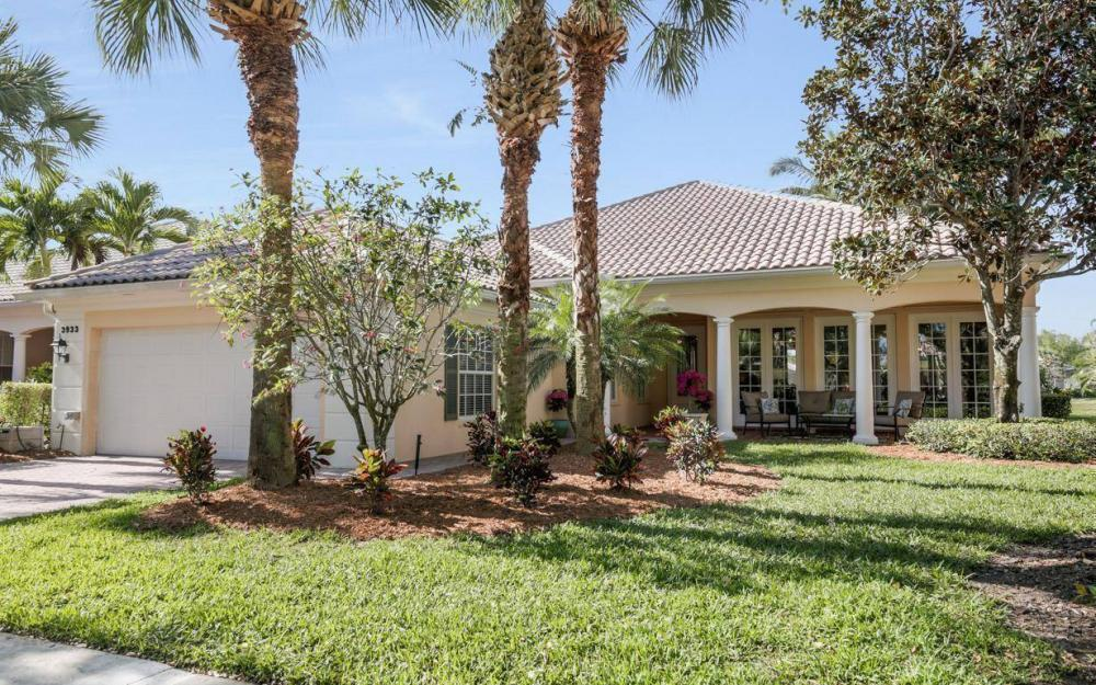 3933 Upolo Ln, Naples - House For Sale 745419687