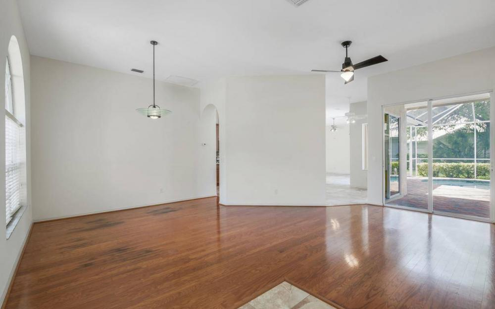 11990 Wedge Dr, Fort Myers - House For Sale 135328822
