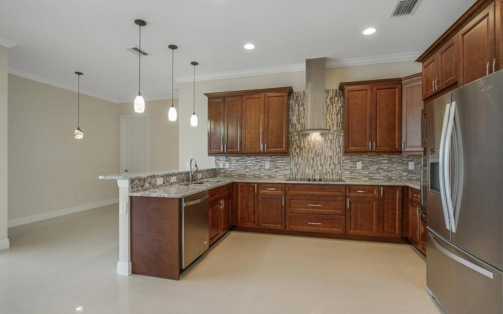 412 NW 32nd Pl, Cape Coral - House For Sale 393202254