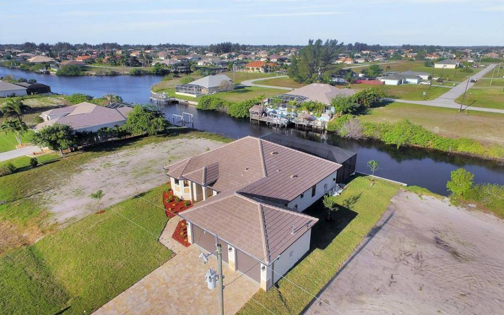 412 NW 32nd Pl, Cape Coral - House For Sale 920346009