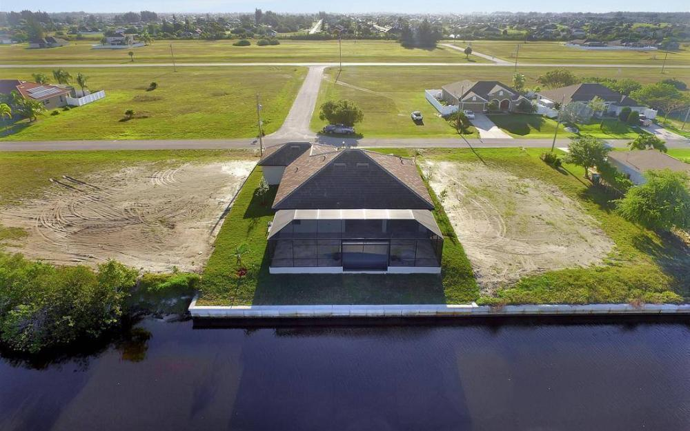 412 NW 32nd Pl, Cape Coral - House For Sale 332486321