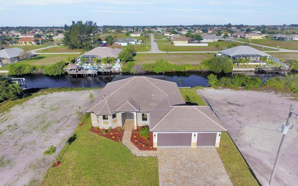 412 NW 32nd Pl, Cape Coral - House For Sale 1110208012
