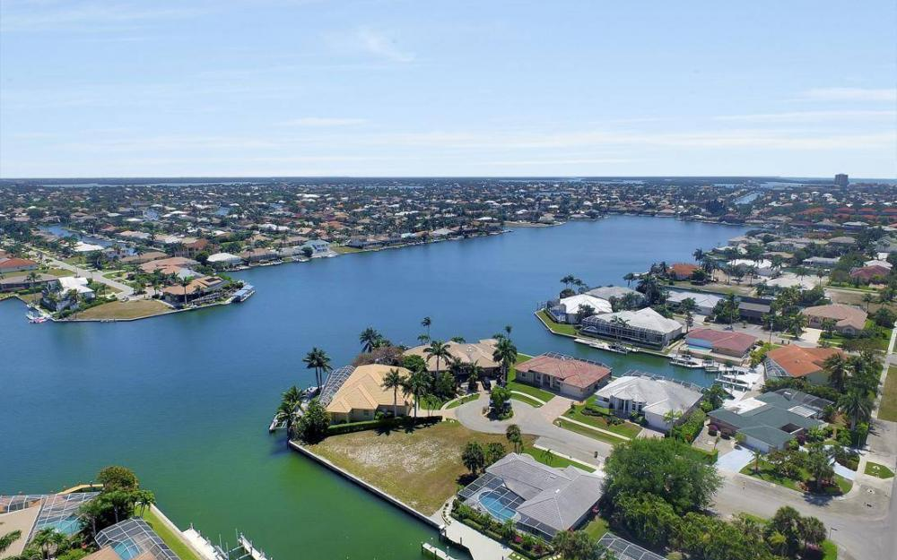 976 Birch Ct, Marco Island - Lot For Sale 163573501