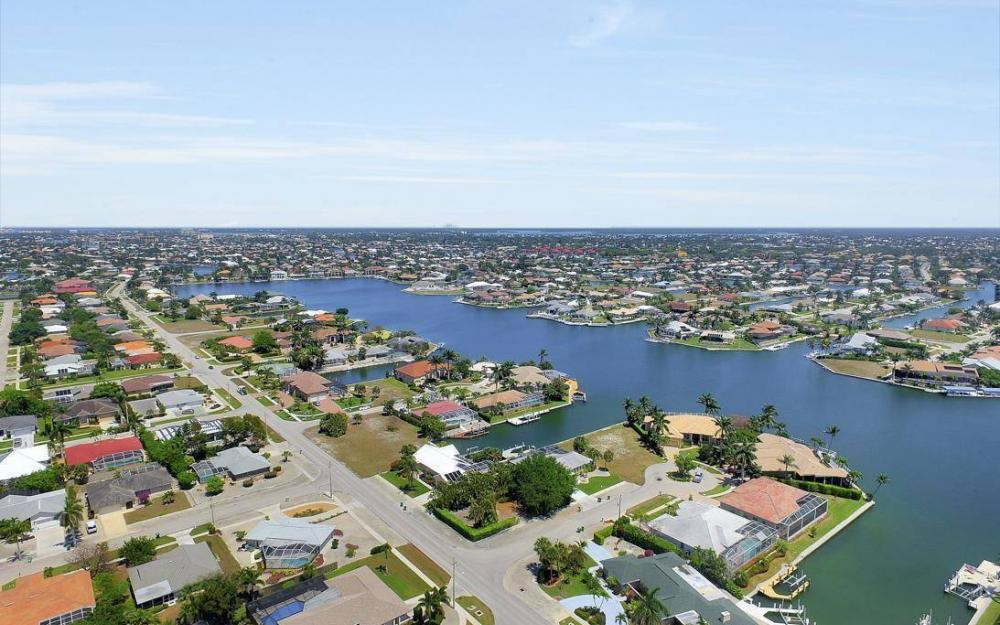 976 Birch Ct, Marco Island - Lot For Sale 617576929