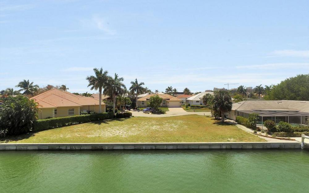976 Birch Ct, Marco Island - Lot For Sale 171887012