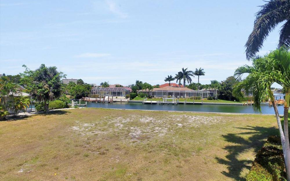 976 Birch Ct, Marco Island - Lot For Sale 1732266410