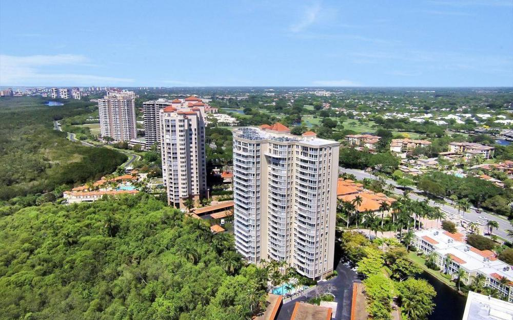 6585 Nicholas Blvd #605 Naples - Condo For Sale 826307876