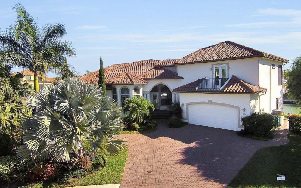 668 Thrush Ct, Marco Island - House For Sale 1982876364