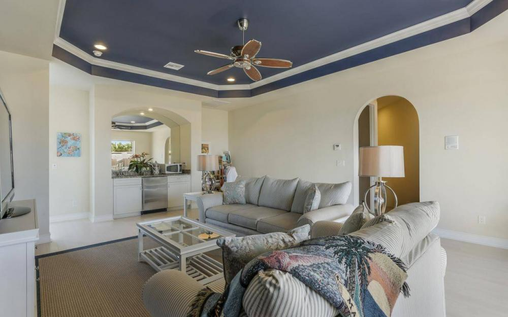 668 Thrush Ct, Marco Island - House For Sale 1475803436