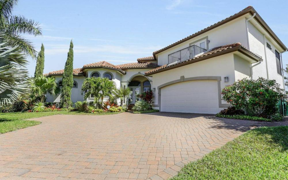 668 Thrush Ct, Marco Island - House For Sale 1711677343