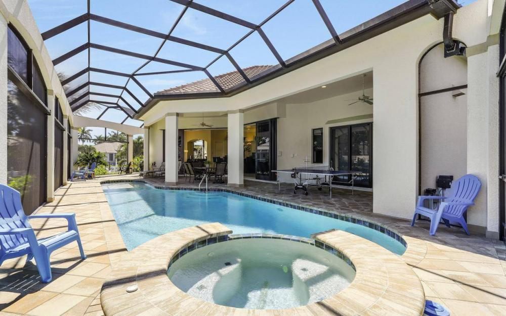 668 Thrush Ct, Marco Island - House For Sale 2142538826