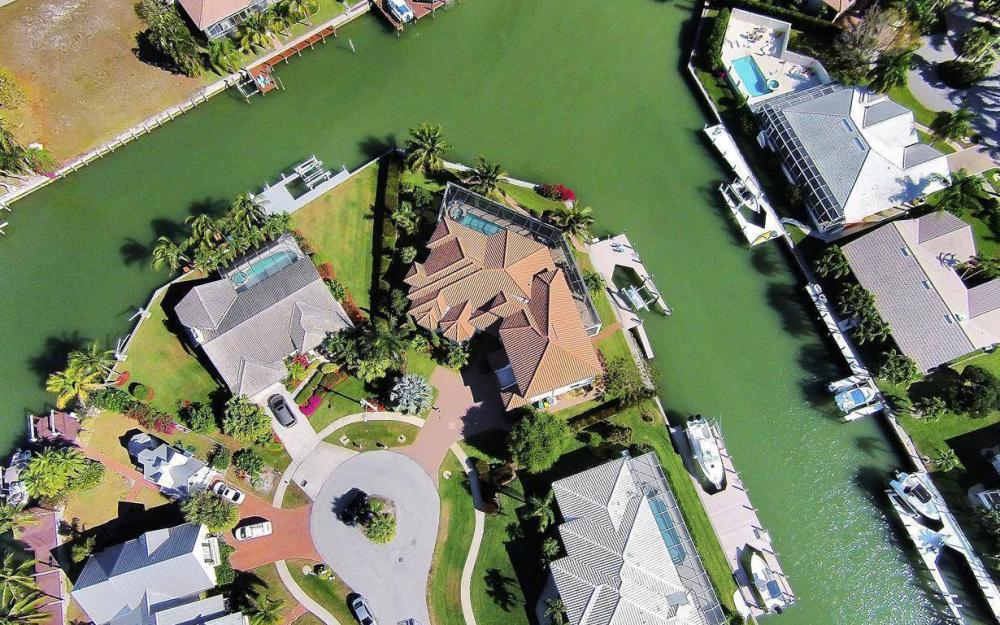 668 Thrush Ct, Marco Island - House For Sale 671658554