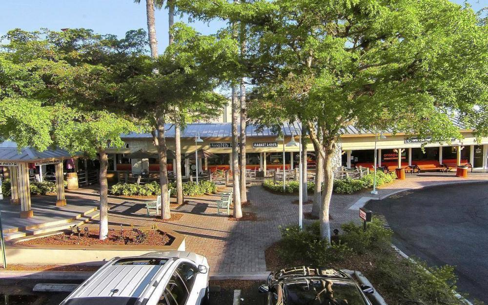 Summer Day Market & Café, Marco Island - Business For Sale 383896455