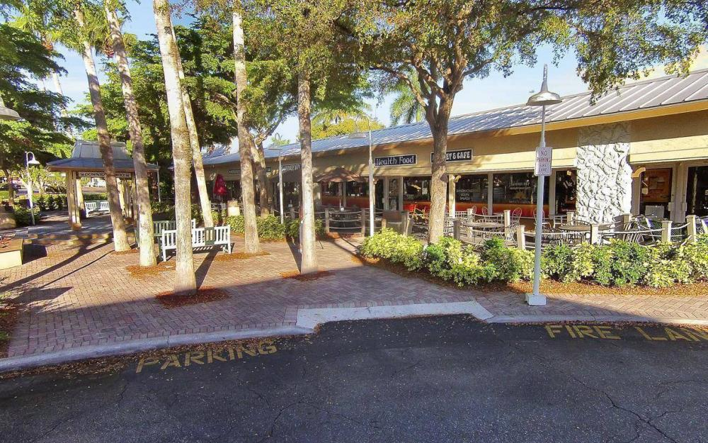 Summer Day Market & Café, Marco Island - Business For Sale 402926542